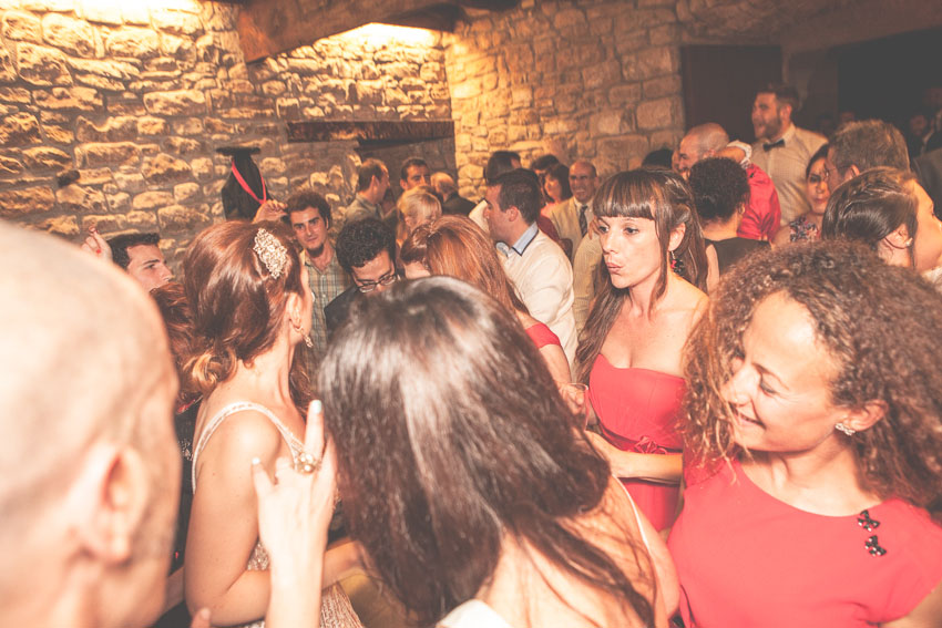 Clara_Gonzalez_Fotografia_Boda_Barcelona_Rock-and-Love_-Wedding_Gloria-y-Rapha197